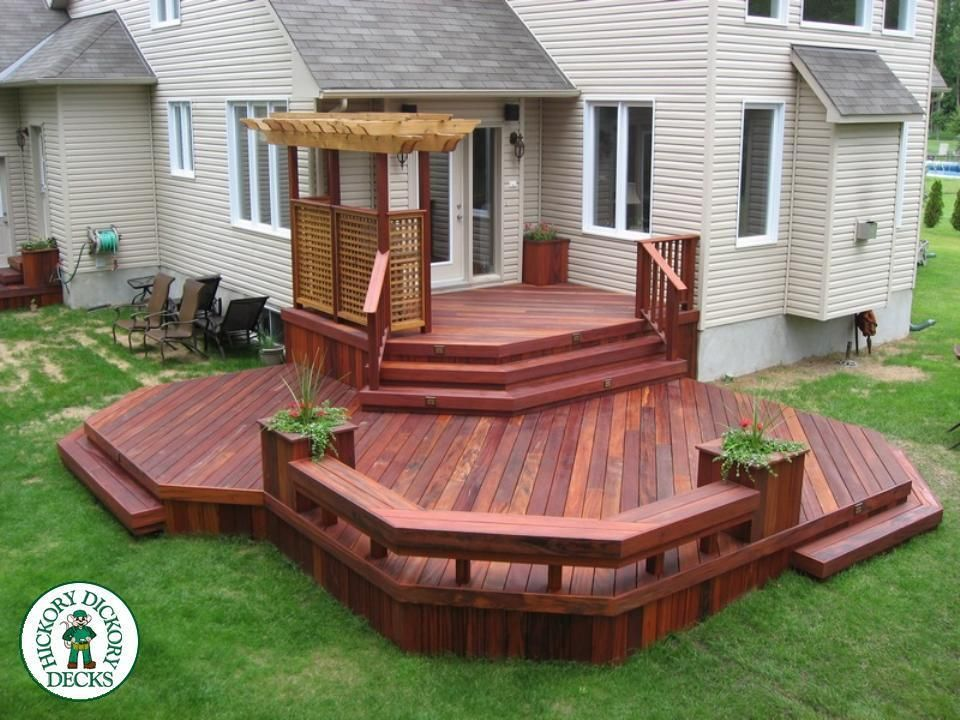 27 most creative small deck ideas making yours like for Townhouse deck privacy ideas