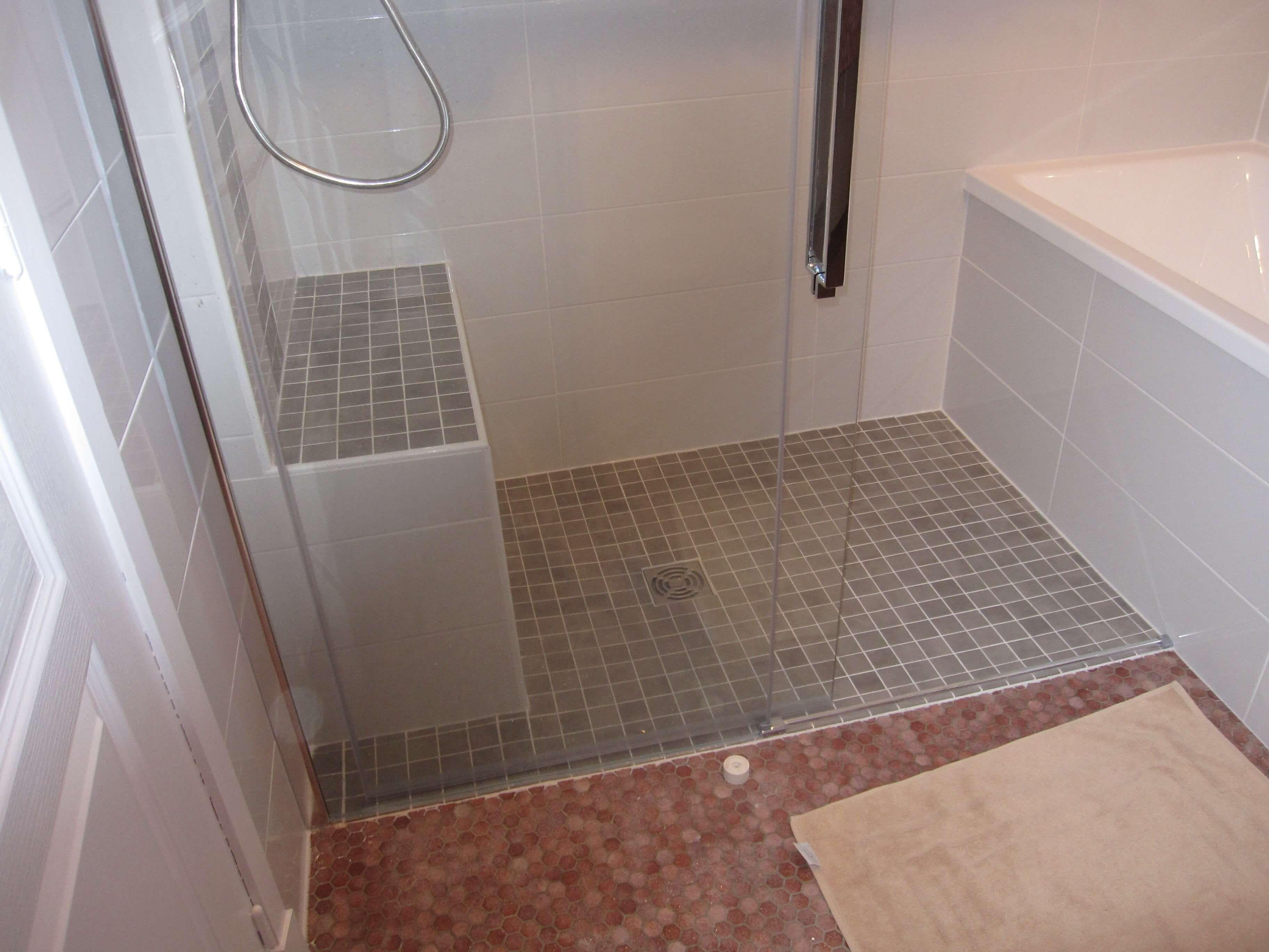 """aménagement petite salle dߐeau 200m200""""  Design de salle de bain"""