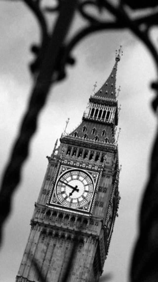Stunning Black And White Big Ben Of London Iphone Wallpaper