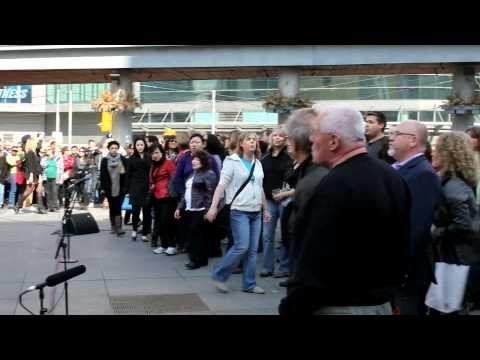Toronto St Patrick S Day Flashmob By Tourism Ireland Ireland Tourism Tourism Flash Mob