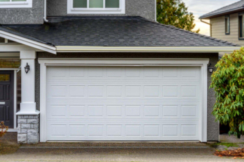 Sumo Garage Doors In 2020 Garage Doors Garage Door Styles Automatic Garage Door