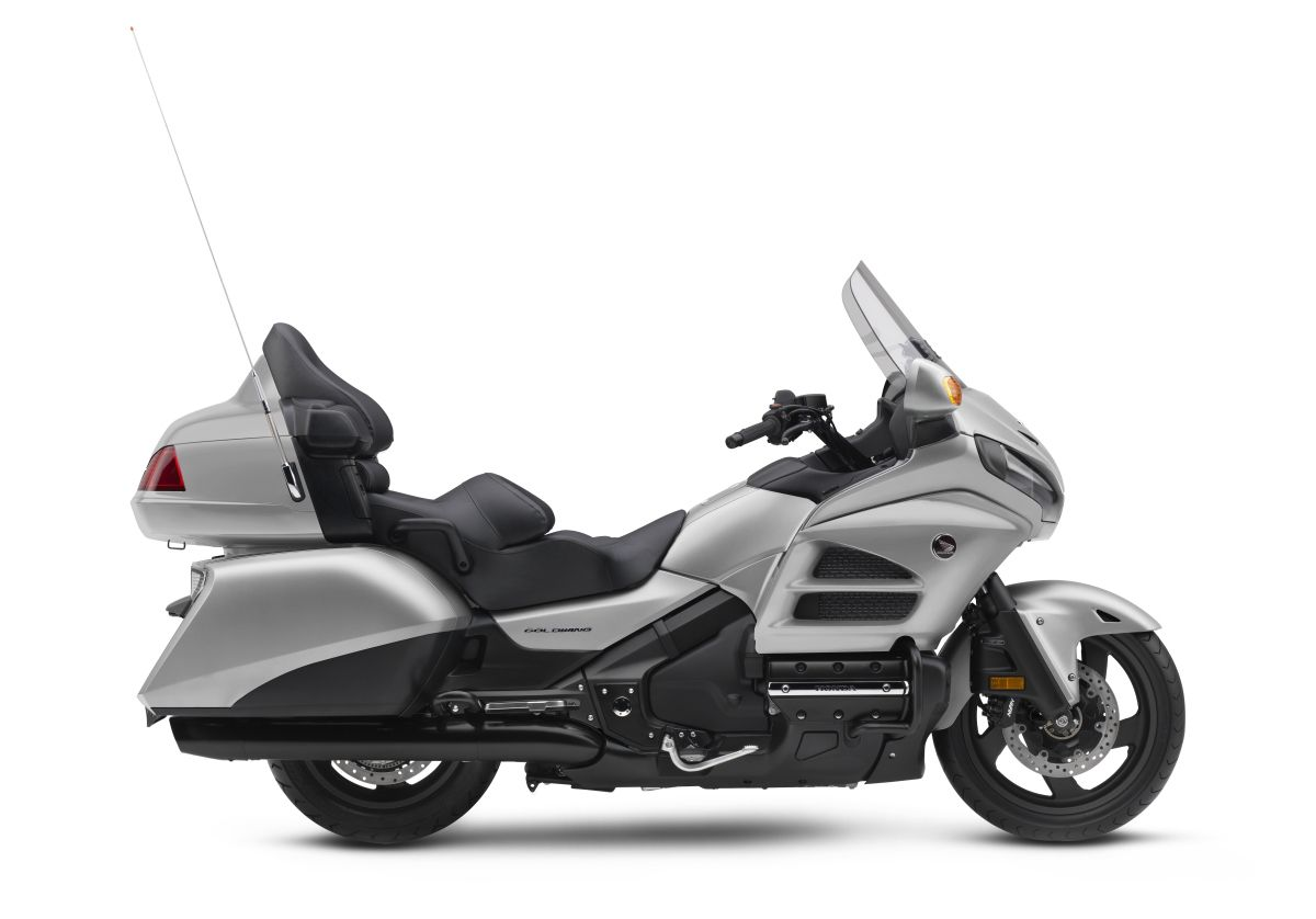 2016 honda gold wing price release date specs pictures gl1800 touring motorcycle