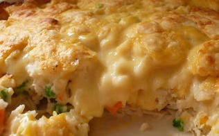yummy recipes: Chicken and Biscuit Bake