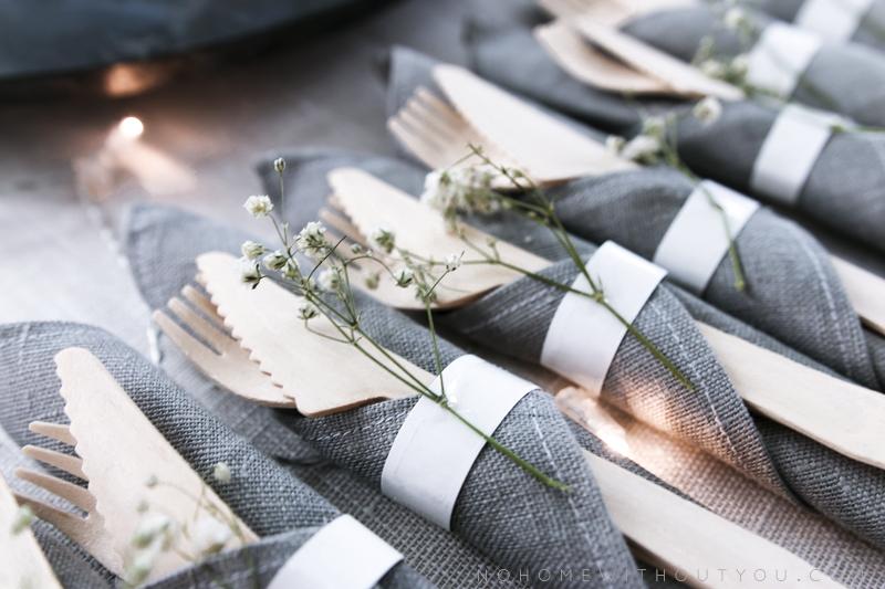 linen napkins botanical table setting