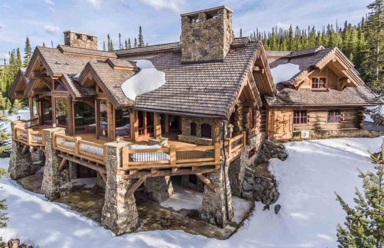 8 of the Most Stunning Log Cabin Homes in America is part of Log cabin homes - We've gathered 8 of the most stunning log cabin homes in America that boast spectacular views, exquisite floor plans and immaculate attention to detail