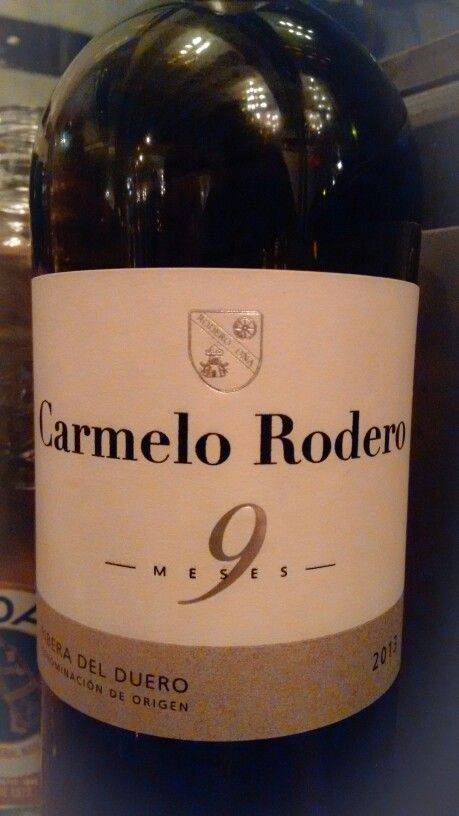 Carmelo Rodero 9 meses 2013 - DO Ribera de Duero - Bodegas Carmelo Rodero (Burgos) - Vino tinto joven con 9 meses de crianza en barricas nuevas de roble francés y americano - 100% Tinta del pais (Tempranillo) - 14% - 88 PEÑIN