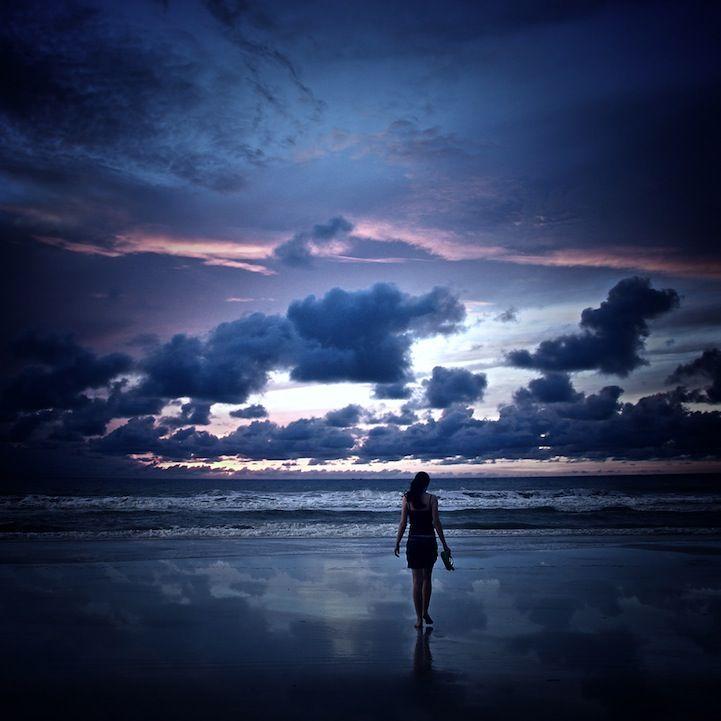 Sunset silhouette photos taken by Brazilian photographer, Isac Goulart.