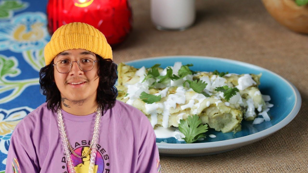 Enchiladas Verdes Con Pollo As Made By Cuco • Tasty #cucowallpaper Enchiladas Verdes Con Pollo As Made By Cuco • Tasty - YouTube #cucowallpaper
