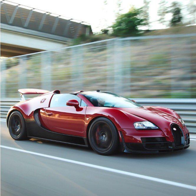 Custom Bugatti Veyron Super Rear View: Bugatti Chiron (With Images)