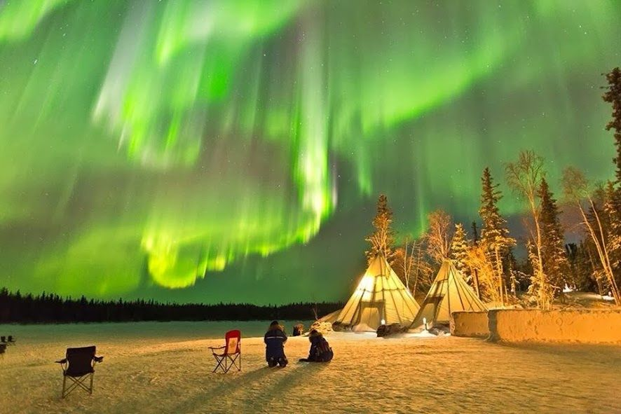 Night In Yellowknife Canada Yellowknife Northern Lights Earth Pictures