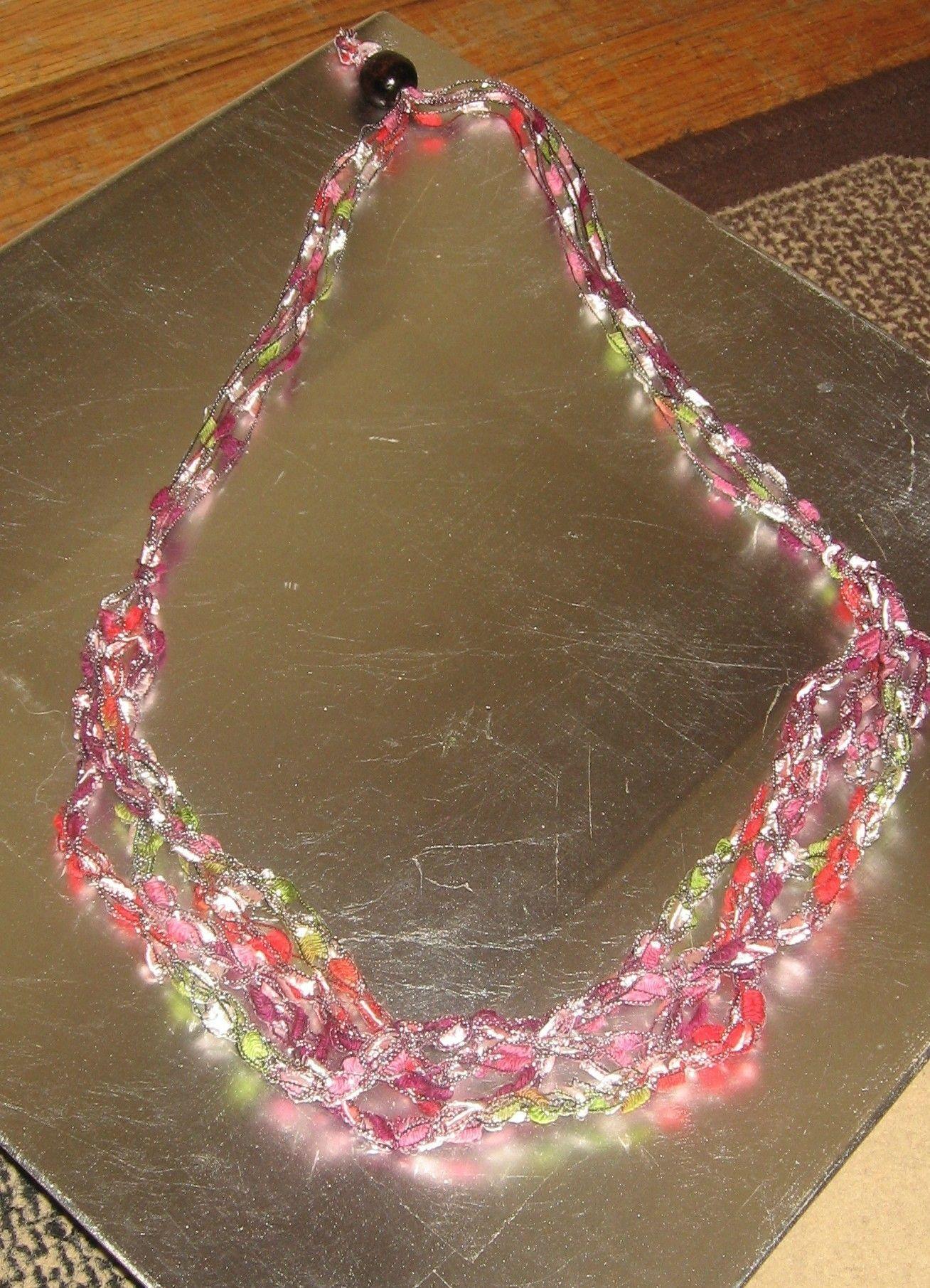 Diy Crochet Necklaces Tutorial | Crochet necklace tutorial, Necklace ...