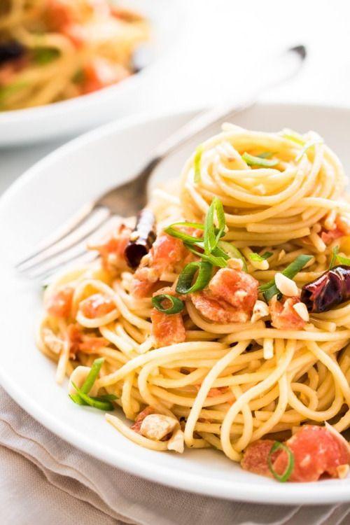 """hoardingrecipes:  """" Kung Pao Spaghetti alla Vodka  """""""