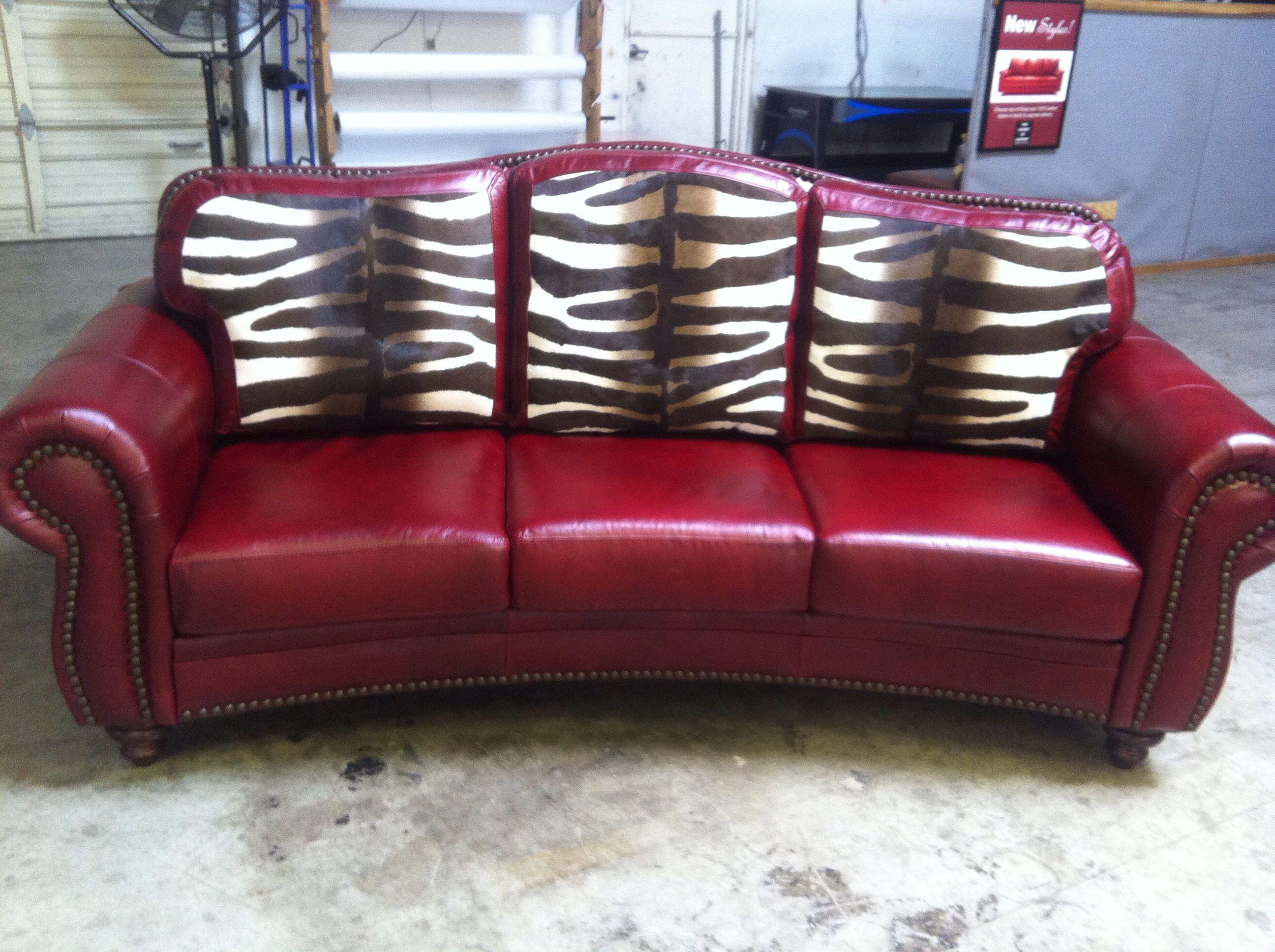 www.cowhidewesternfurniture.com 888-643-5117 Custom Made Furniture