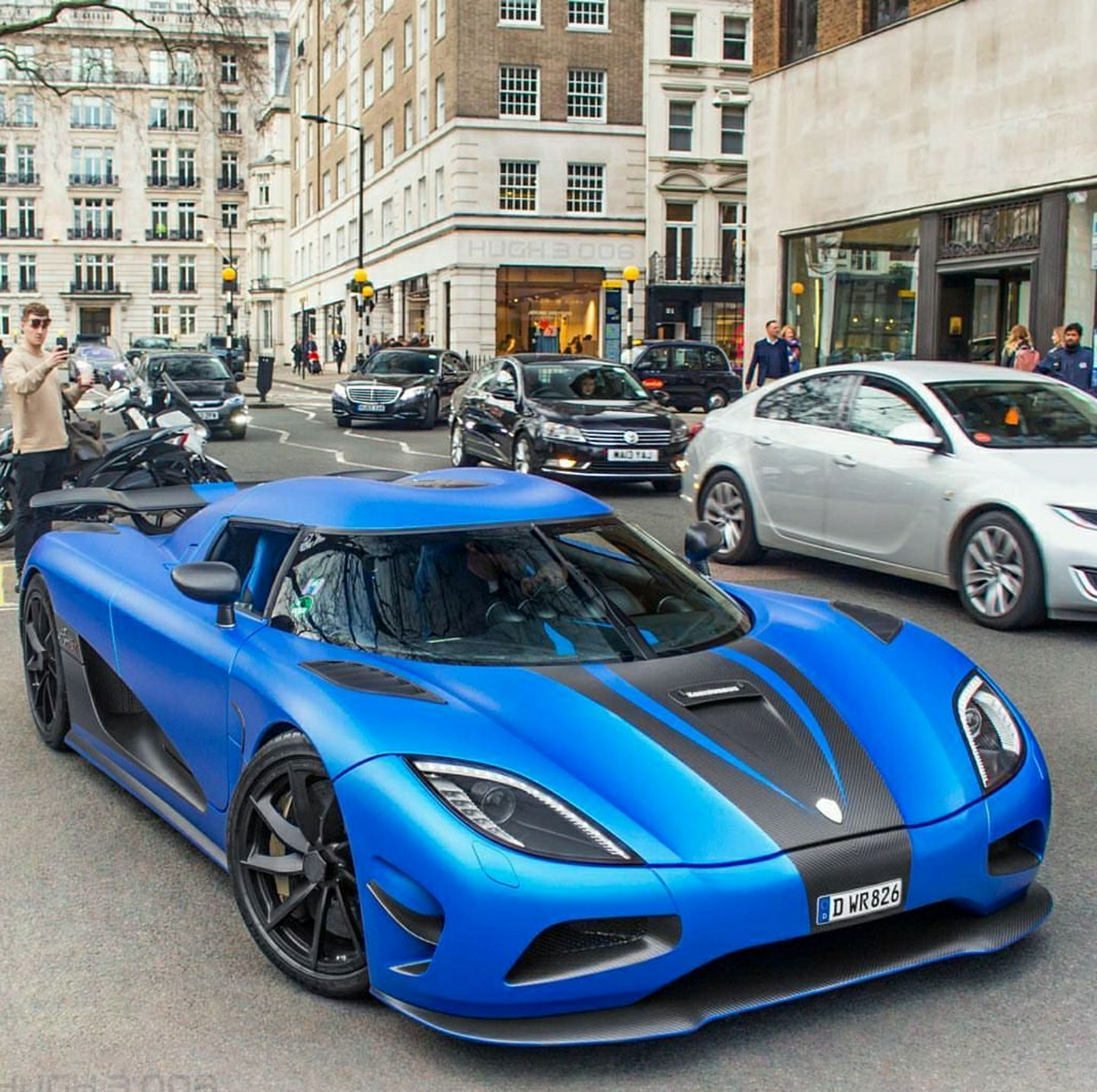 Koenigsegg Agera R (With Images)