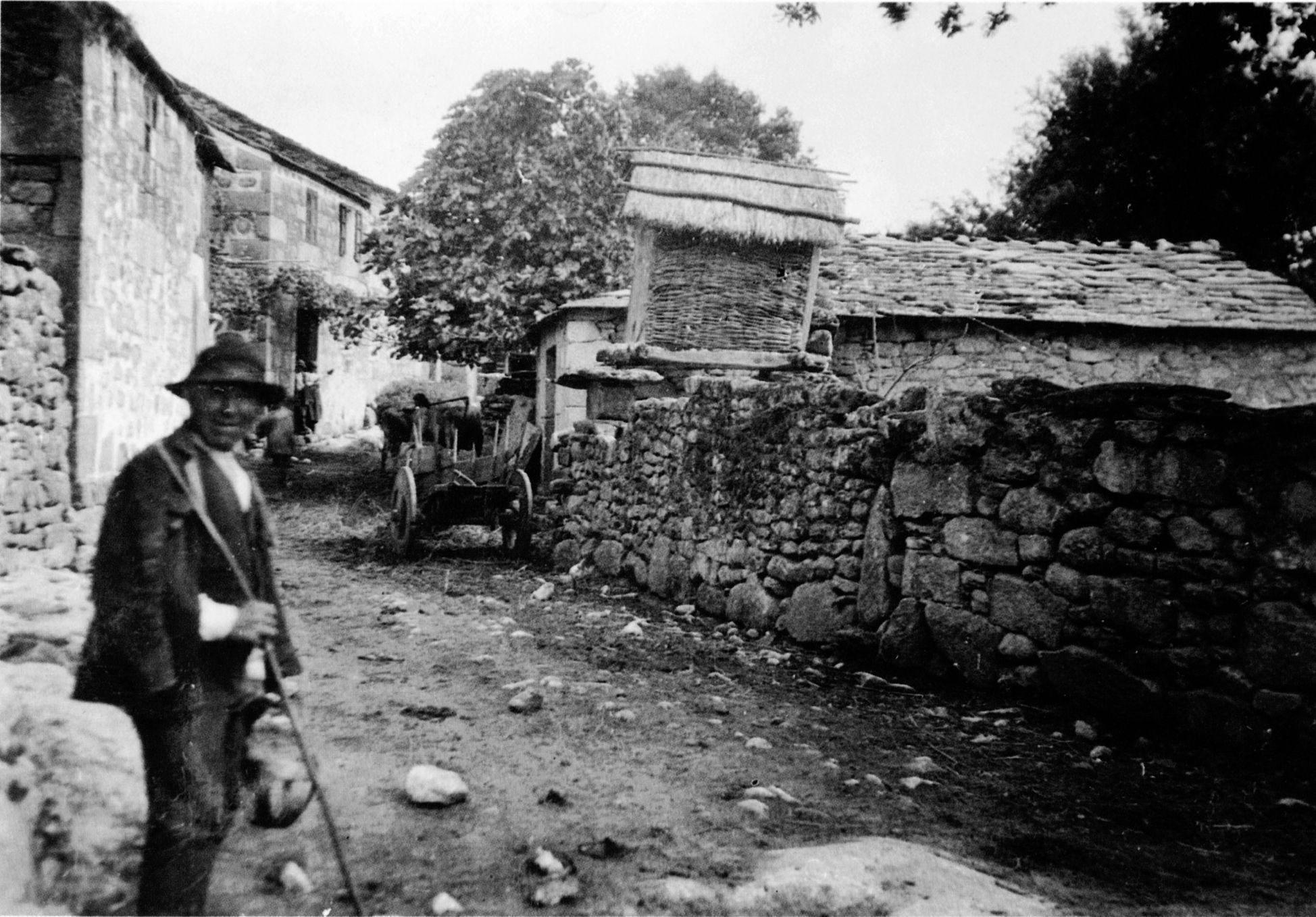 San Martiño de Ombreiro, Lugo. Cabaceiro. Arquivo Ebeling nº 26.