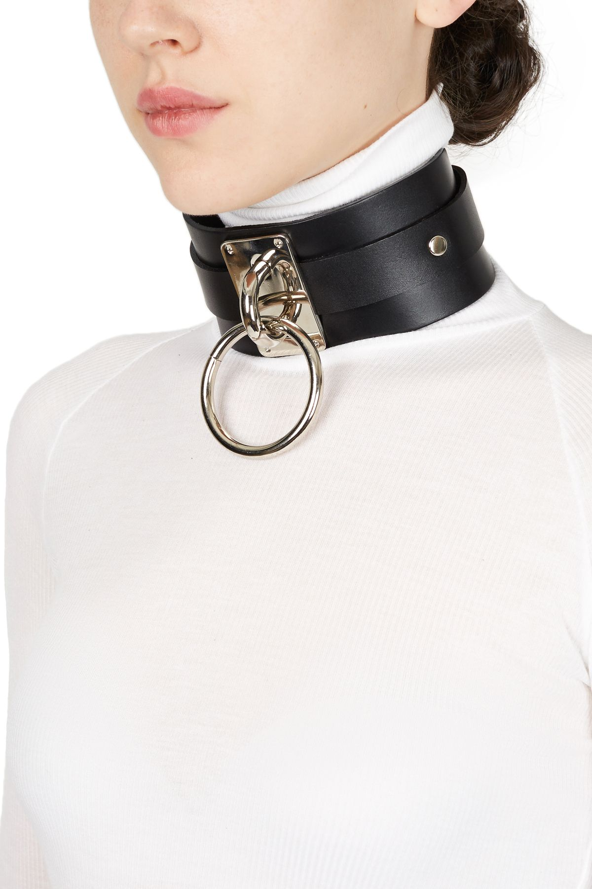 :Studded oversized choker collar:D-ring with an oversized ring:100% leather :Made in NYC