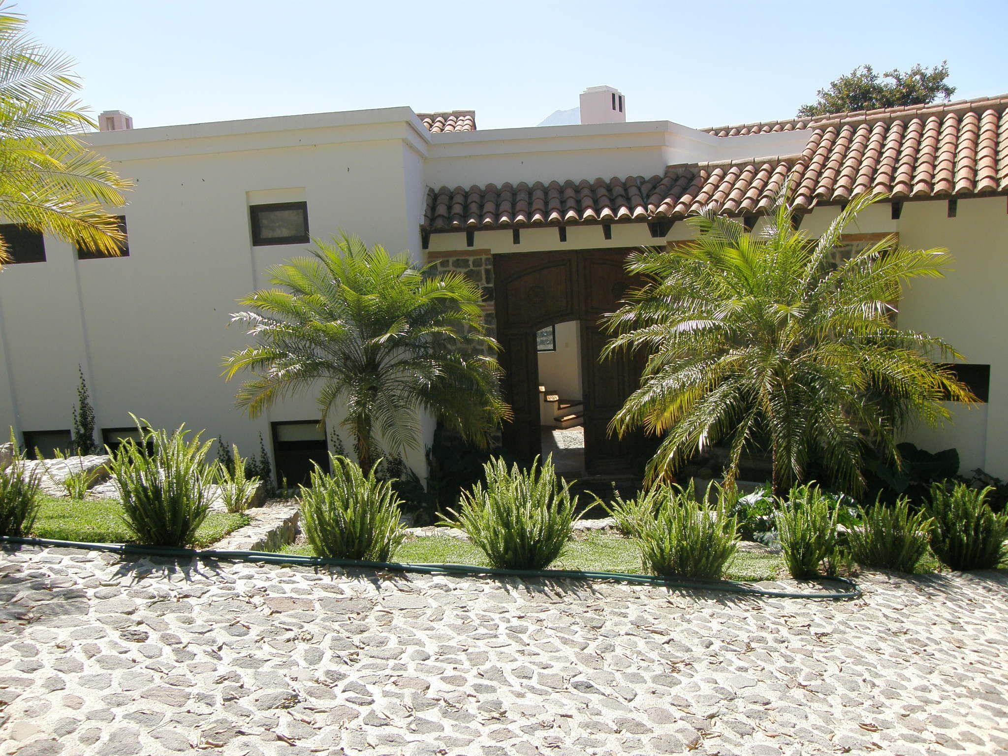 Entrada de casa Mirador. Aqui te puedes hospedar y pasar dias increibles.