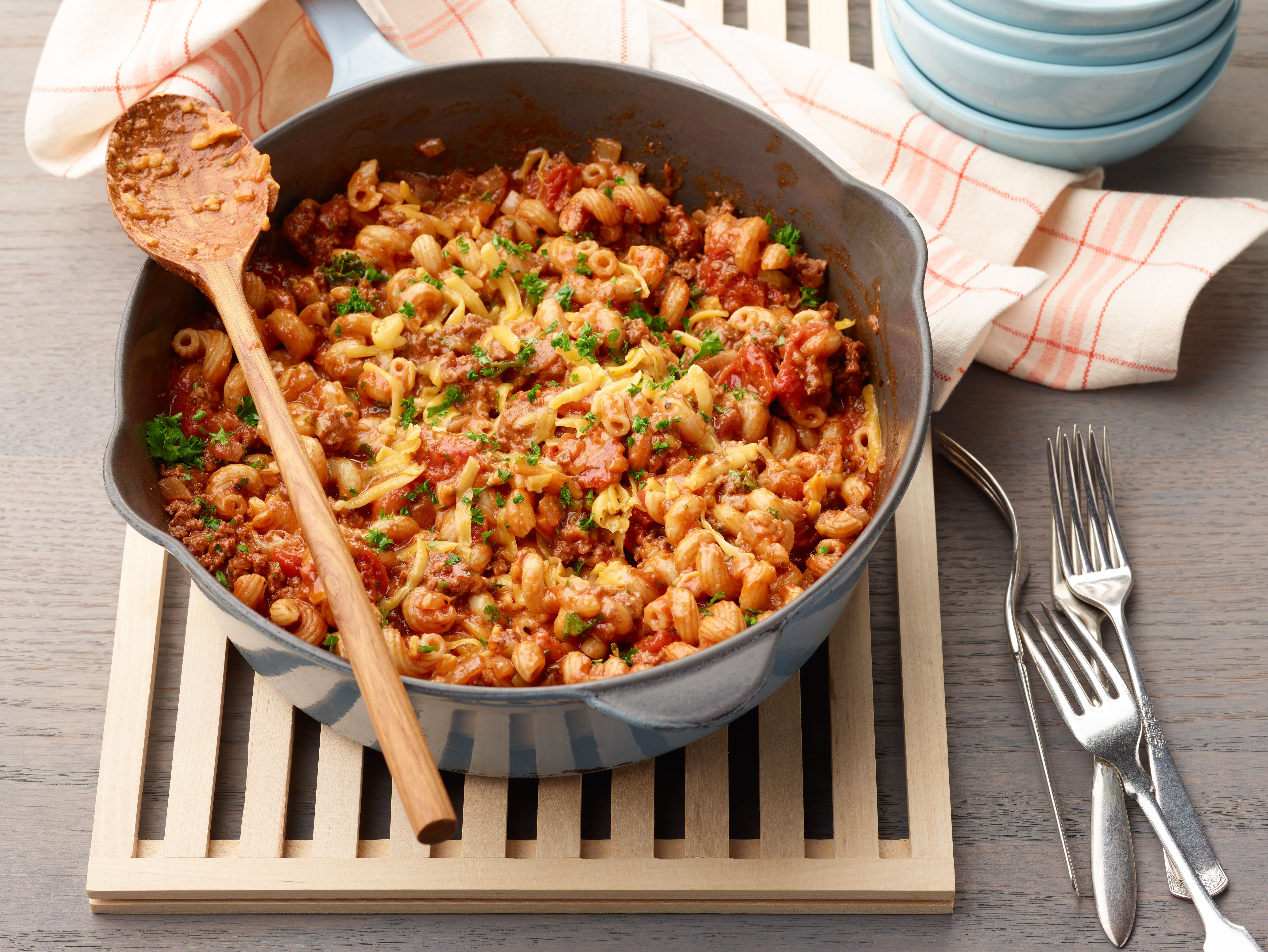 Goulash Recipe In 2020 Food Network Recipes One Pot Meals Pasta Dishes
