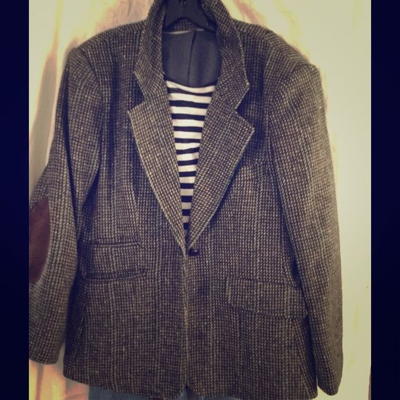 Vintage Tweed Jacket. Classic beauty with brown suede patches. Wear with jeans, cable knit sweater, loafers for a Classic Prep look! Talbots Jackets & Coats Blazers