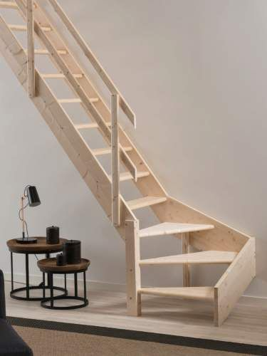 Best Grand Space Saving Staircase With Quarter Turn In 2020 640 x 480