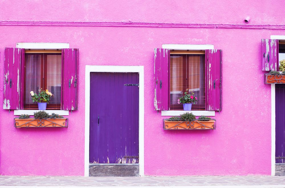 Dipinti sui muri di casa finest immagine di parete con segni e macchie with dipinti sui muri di - Muri di casa colorati ...