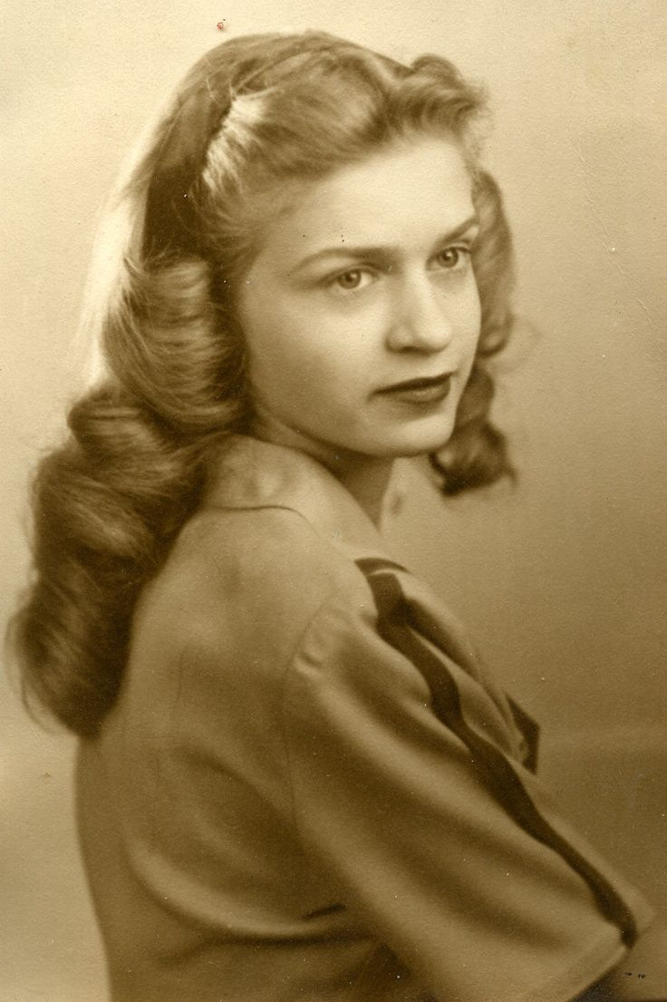 1940 S Hair Google Search Vintage Hairstyles For Long