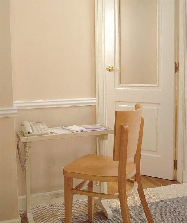 Moldura madera pared buscar con google salas de estar pinterest madera pared madera y - Molduras para paredes ...