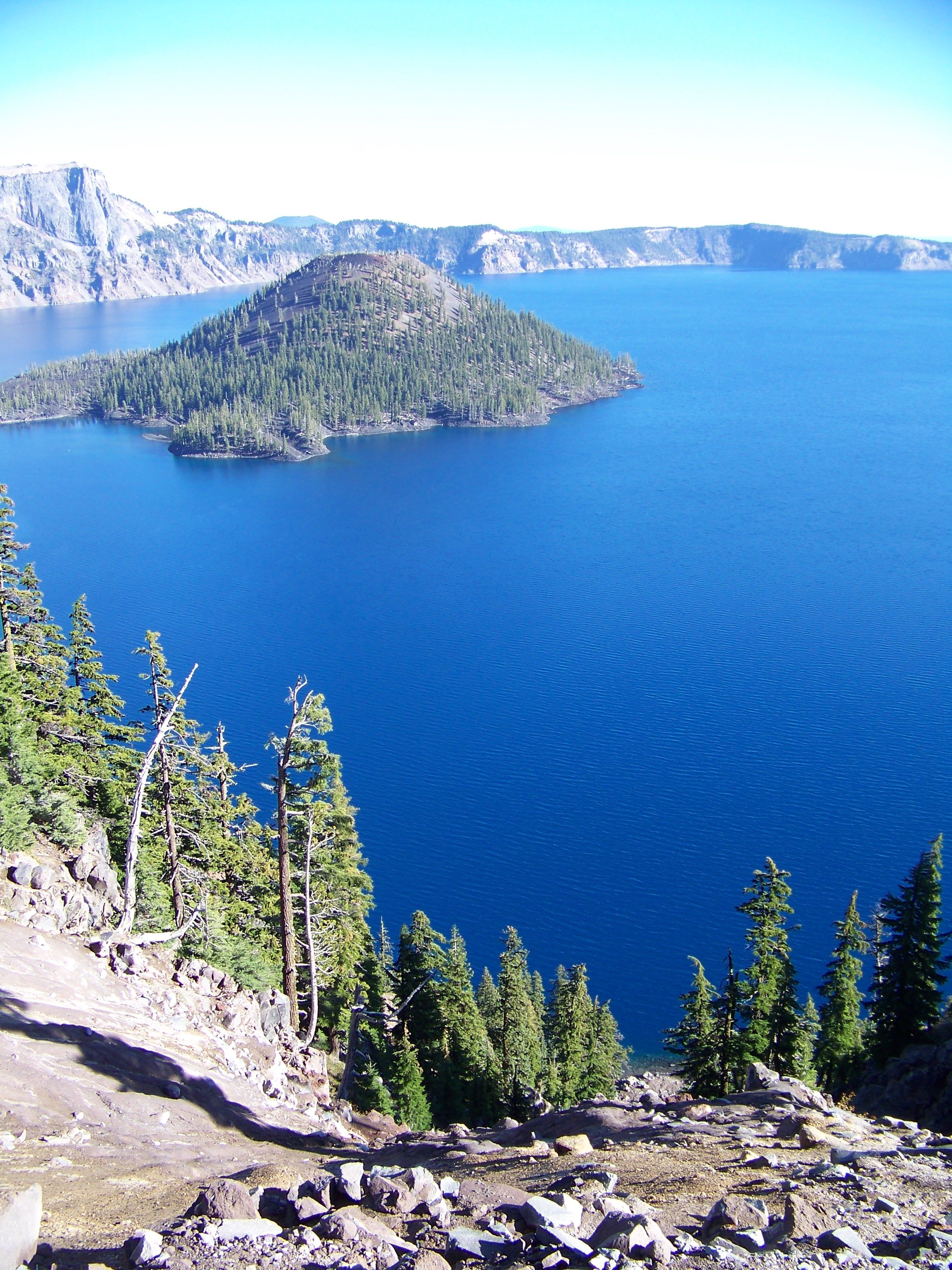 Crater lake oregon pretty places places to go