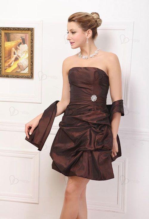c17b767f3b Cómo Combinar vestido de fiesta marrón con plateado