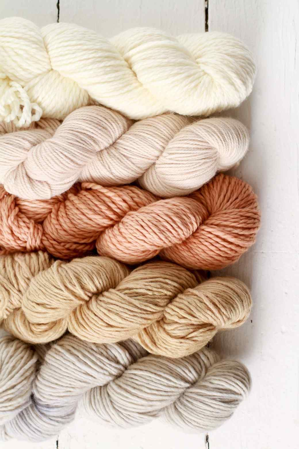 How To Dye Yarn Naturally Dyed Yarn Diy Natural Dye Fabric Yarn Dyeing