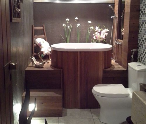 Banheiro pequeno com ofuro  projeto nanã  Pinterest  Jatos e Spas -> Mini Banheiro Com Banheira