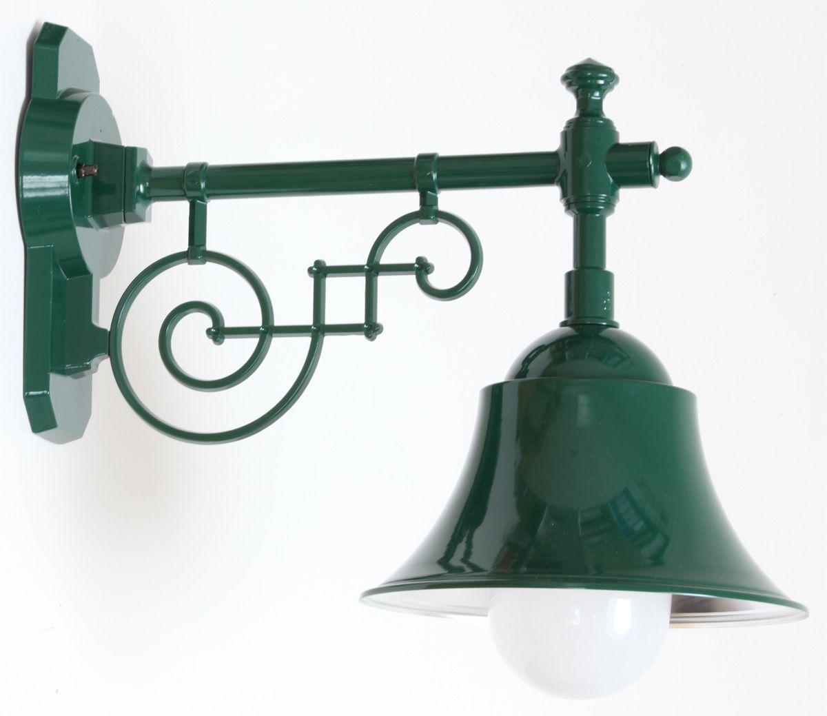 Historische au enlampe mit schirm im industriedesign von for Lampen im industriedesign