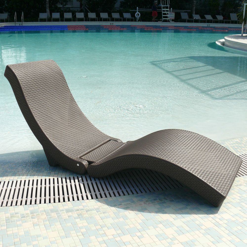 The SplashLounger Chaise Pool Floater Chair  Overstock