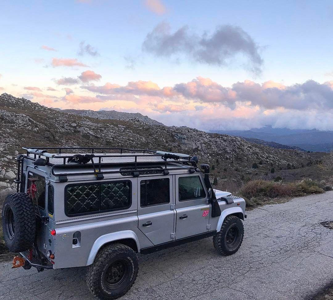 Land Rover Defender 110 Td5 Sw Across Life.