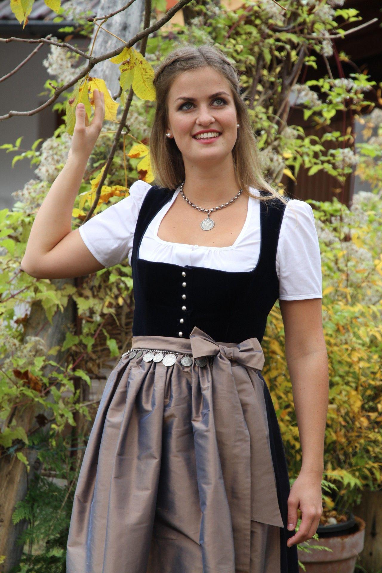 Dirndl- und Trachtenmode für Damen in Landsberg am Lech