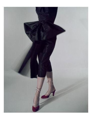 Vogue - August 1950    by Serge Balkin