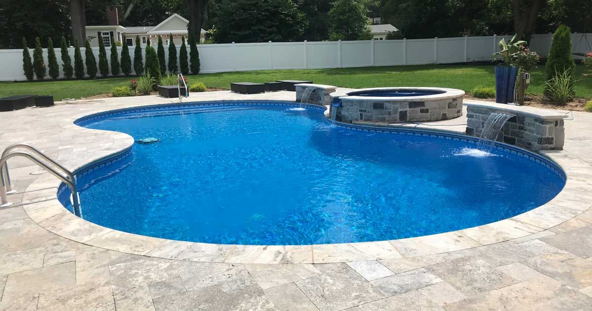 Vinyl Lined Pools Are The Most Common Type Of Swimming Pool And For Good Reason While Fiberglass Pools H Vinyl Pool Vinyl Pools Inground Pool Liners Inground