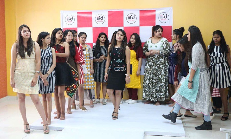 Indian Institute Of Fashion Design Iifd Has Organized A Fashionshow For Its Students To Showcase T Celebrity Fashion Trends Fashion Design Celebrity Trends