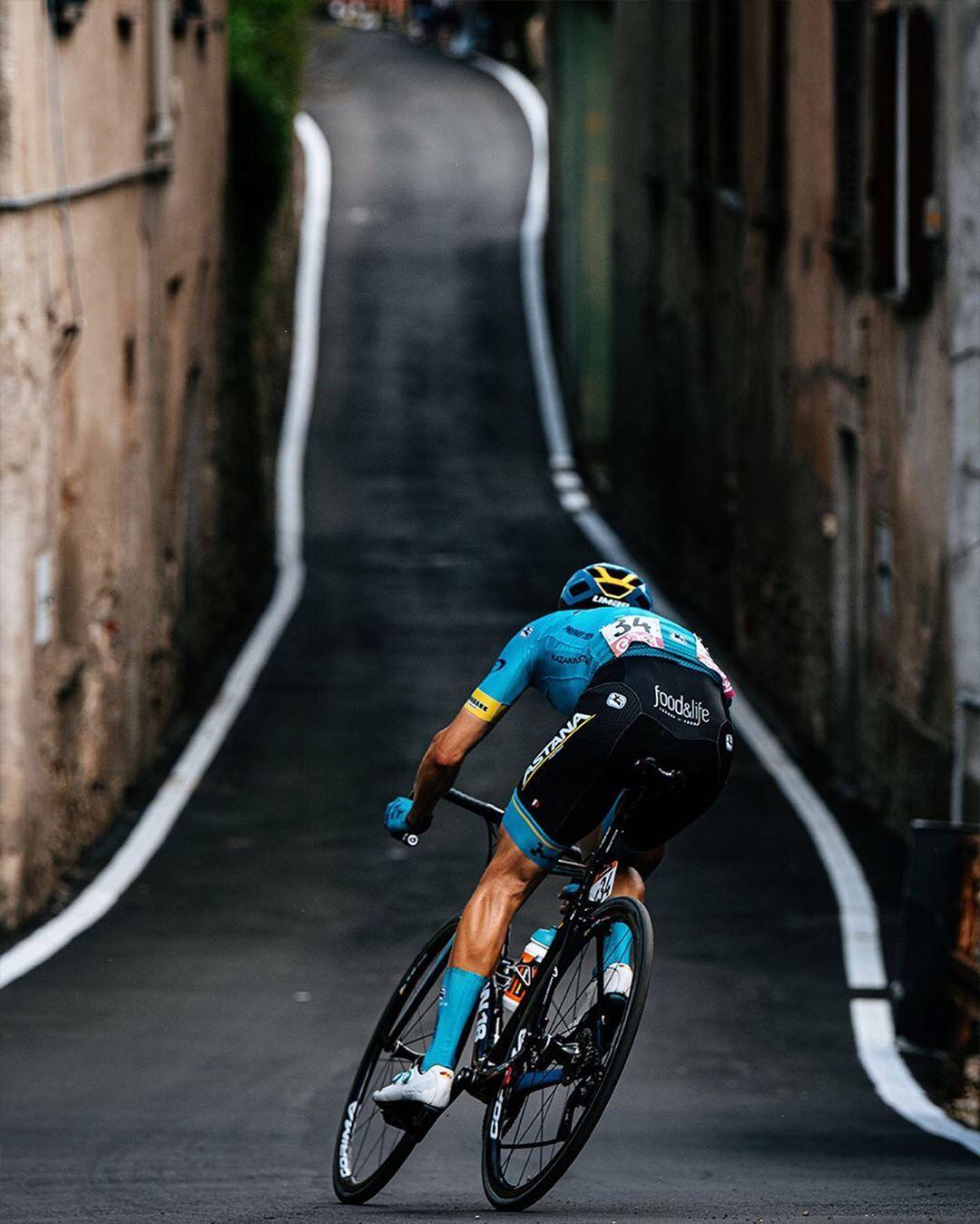 The Breakaway Survives! @dariocataldo wins Stage 15 of @giroditalia credit @jeredgruber / @ashleygr