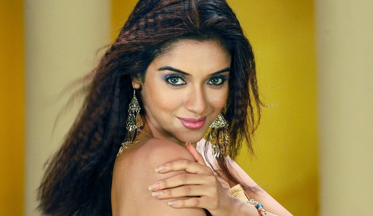 asin thottumkal hindi actress wallpapers | wallpapers | pinterest