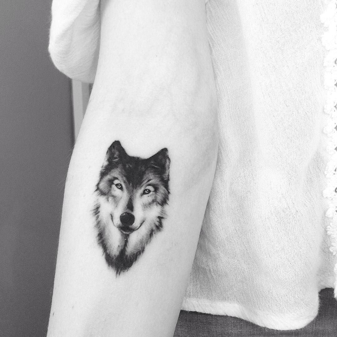 50 Of The Most Beautiful Wolf Tattoo Designs The Internet Has Ever Seen Wolf Tattoos For Women Tattoos Small Wolf Tattoo