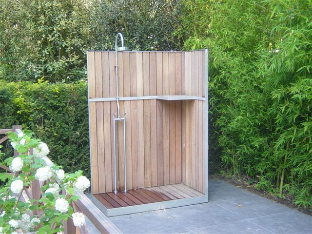 Buiten douche tuin en plein air t backyard yards and for Douche plein air