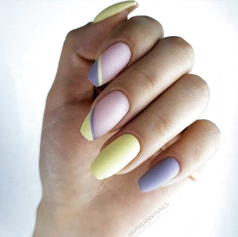 pinrita dicenty on körmi in 2020  matte nails design