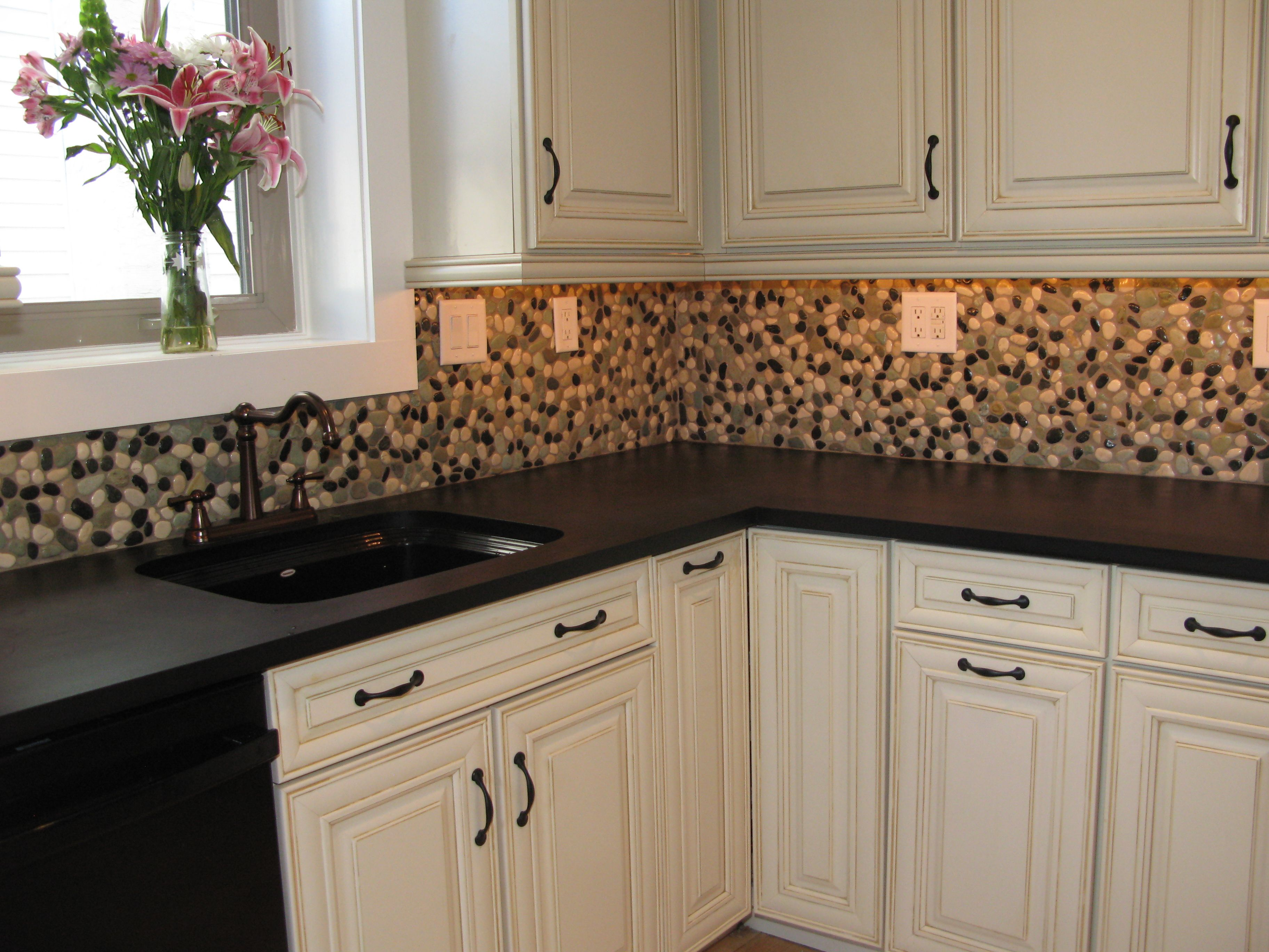 Finish You Home Projects In One Day With Bondera Tile Matset Kitchen