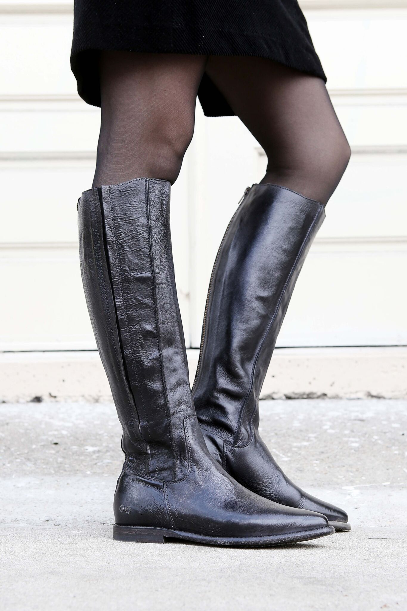 These Handmade Black Leather Knee High Boots Pair Perfectly With Tights And A Dress Boots Womens Tall Boots Black Leather Knee High Boots [ 2048 x 1365 Pixel ]