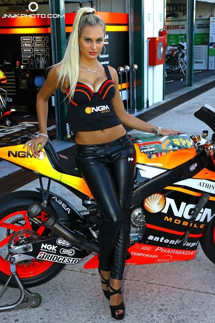 bike naked on grid girls