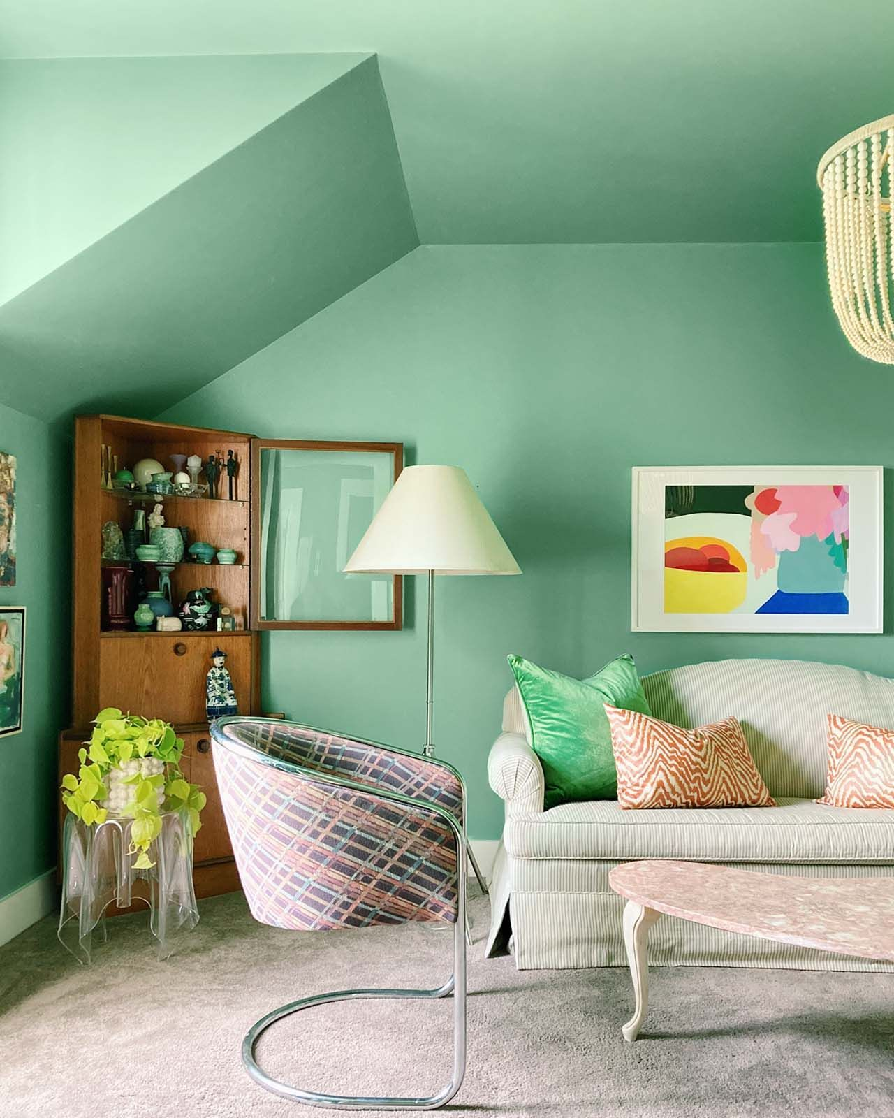 Make It Multifunctional 5 Ideas For A Guest Bedroom To Maximize Your Space Guest Bedroom Room Ideas Bedroom Paint Shades New bedroom green color