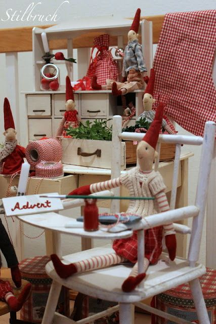 Deko . Tilda PuppenMaileg WichtelSkandinavische WeihnachtenStilbruchAuslagenEs  Weihnachtet SehrLandlebenWeihnachtsmarktWeihnachtsdekoration