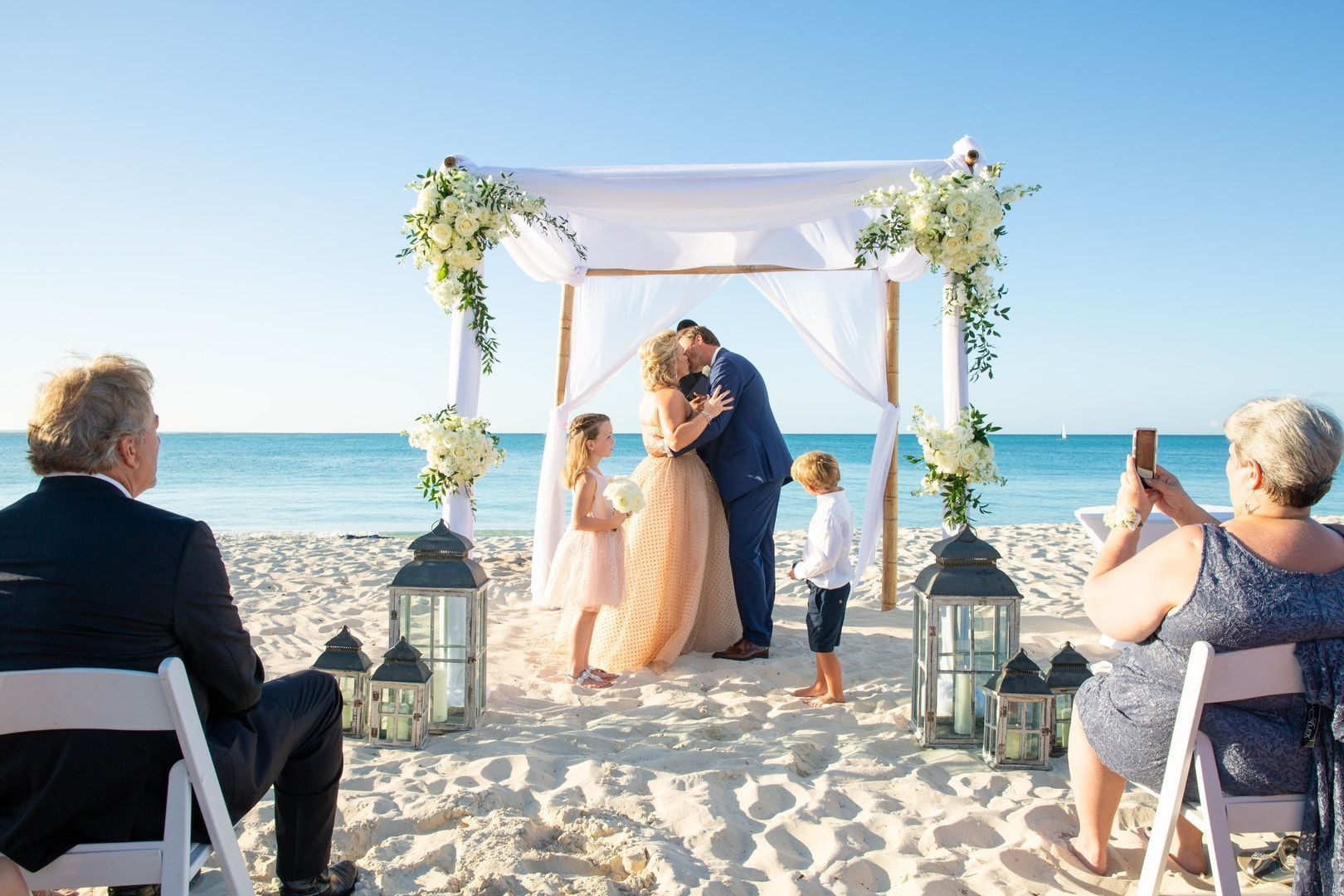 Classy Wedding For A Non Traditional Bride In The Turks Caicos Islands Photography By Paradise Pho Traditional Bride Classy Wedding Turks And Caicos Wedding