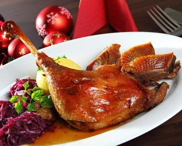How to Cook a Christmas Goose   Good food channel, Food ...